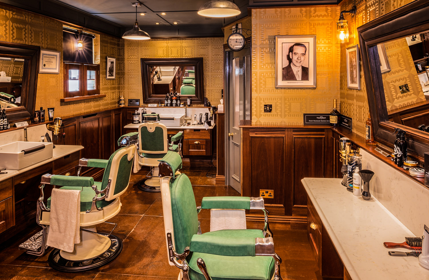 interiour-photographer-Mayo-Ireland-Kellys-Barbers-Interiour-2